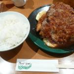 ボリューム満点◎サービス満点◎の洋食屋さん「洋食の店もなみ」大阪